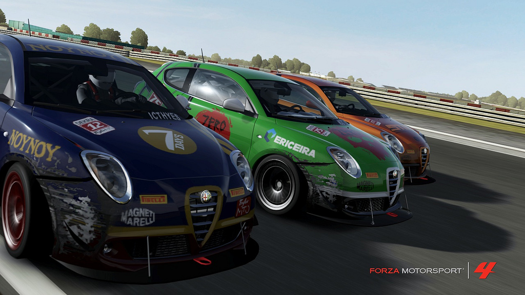 Niko Gouloumis, Niall O'Connell and Ben Haddleton achieve some peak Lobby 2 in the MiTos at Silverstone